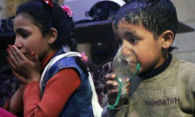 Hoax: v sýrskej Doume zabíjali chemikálie.