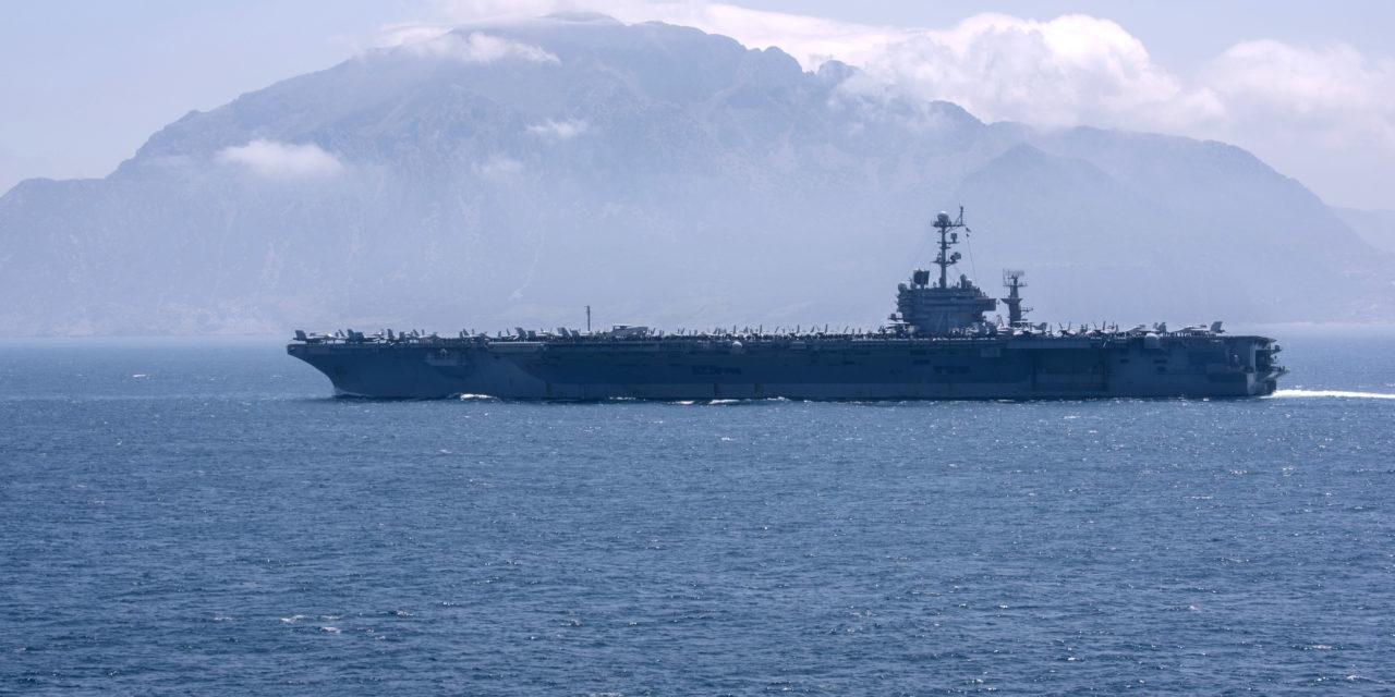 MIMORIADNA SPRÁVA: Úderná skupina lietadlovej lode Harry S Truman sa vracia do Atlantiku. Vraj kvôli ruským ponorkám.