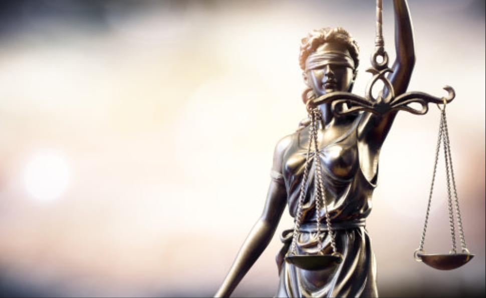 Edmonton Journal: Maloleté dievčatá skončili s plačom, keď súd oslobodil migranta obvineného zo sexuálnych útokov