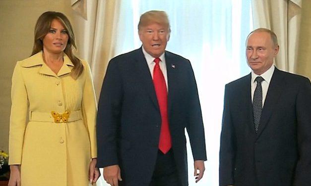 Šokujúca zmena tváre Melanie Trump po stretnutí s Putinom
