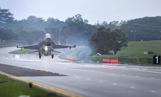 Asia Times: Ázijské cesty ako pozemné lietadlové lode