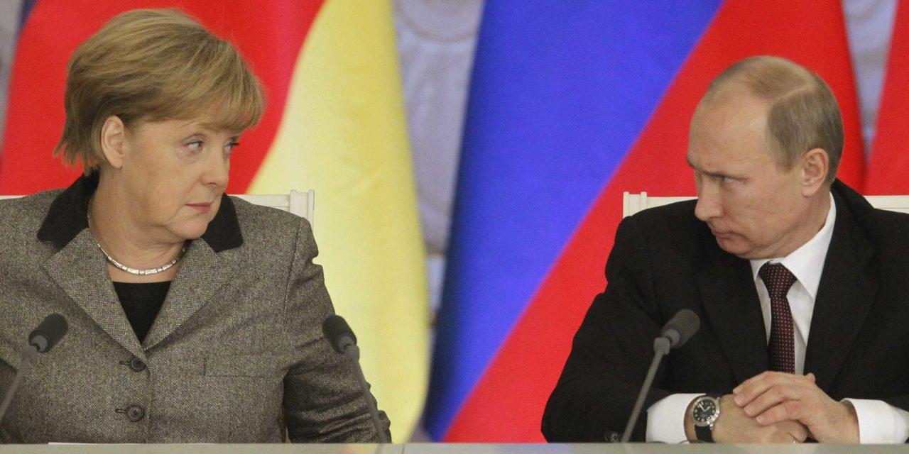 Bomba: Mladý Putin nadáva na boľševikov.