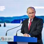 Putin priznal, že pozná identitu ľudí, ktorí Briti obviňujú z účasti na kauze Skripaľ