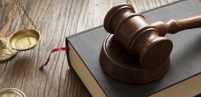 Radovan Bránik: Nudná teória a vzrušujúca prax justičnej mafie
