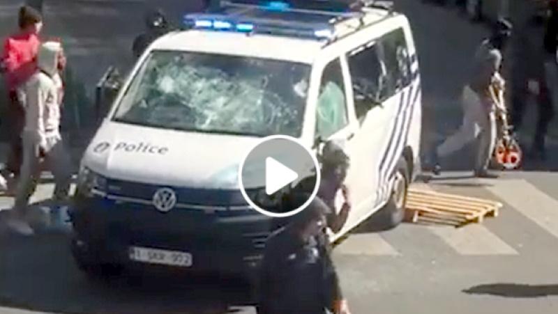 Video z Bruselu – opatrenia proti koronavírusu komplikujú výtržníci z problémových komunít.