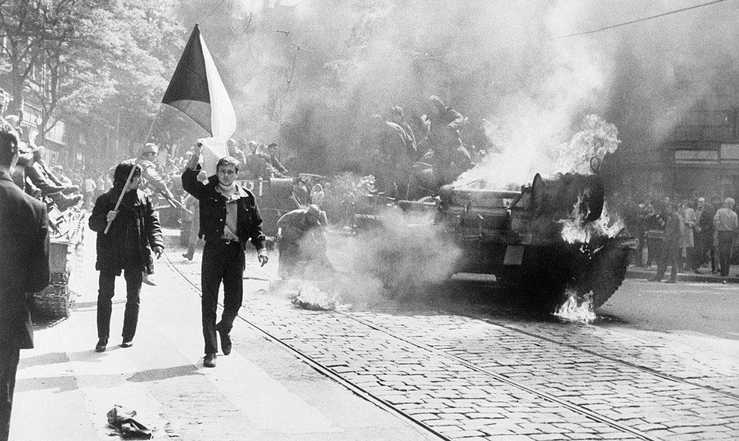 Zmena pohľadu na okupáciu Československa v roku 1968.