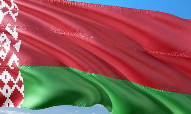 Šašovia chcú revolúciu v Bielorusku čo môže spôsobiť jeho pripojenie k Rusku.