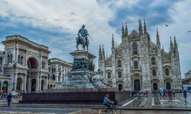 Teror v katedrále v Miláne, útočník z Egypta spôsobil rukojemnícku drámu (video)