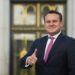 Dominik Tarczyński z Poľska je nočnou morou propagandistov v Európe