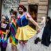 Kandidát na primátora v Prahe za stranu Pirátov chce nariadiť inklúziu homosexuálov.